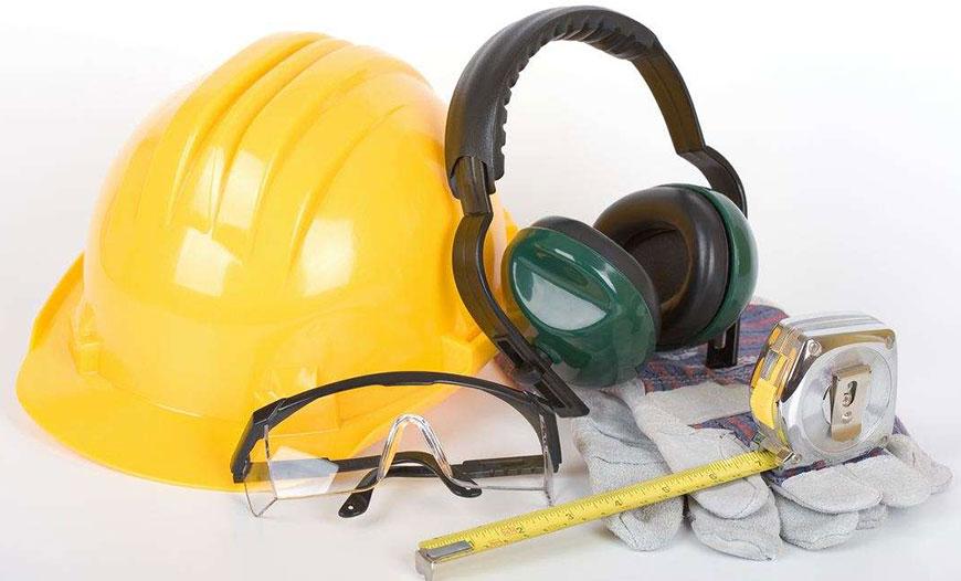 رعایت اصول ایمنی در کارگاه نجاری ضروری است